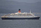 QE2 exits clyde for last time