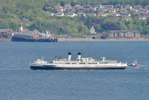 Queen Mary Returns to the Clyde 2016