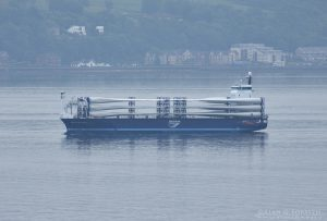 Wind Turbine Blades Arriving on the Clyde