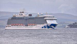 Regal Princess Cruise Ship Departing Clyde