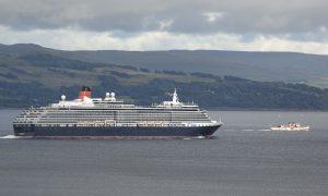 Queen Victoria and PS Waverley