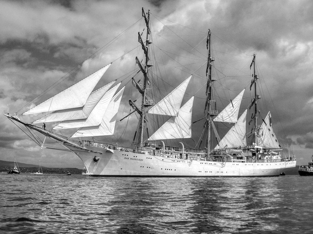 Dar Mlodziezy, Tall Ships Race Greenock 2011