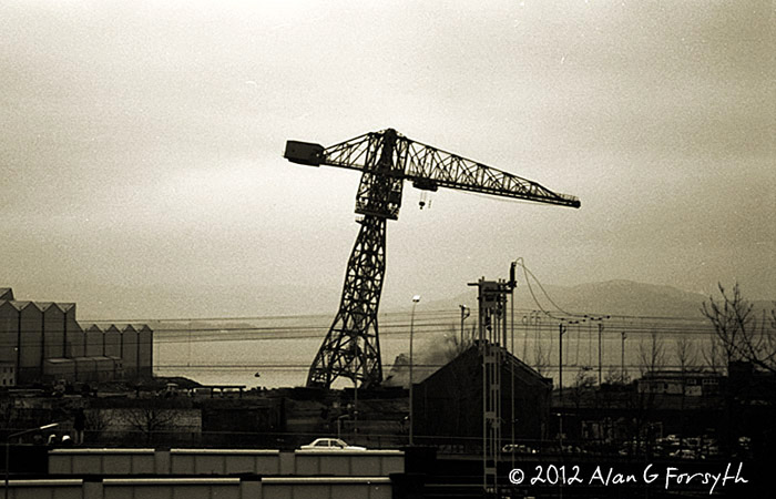 port glasgow crane demolish (circa 1990)